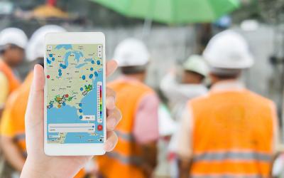 Lightning alerts for construction site safety