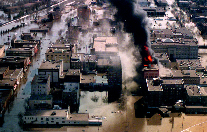 Grand forks flooding 1997